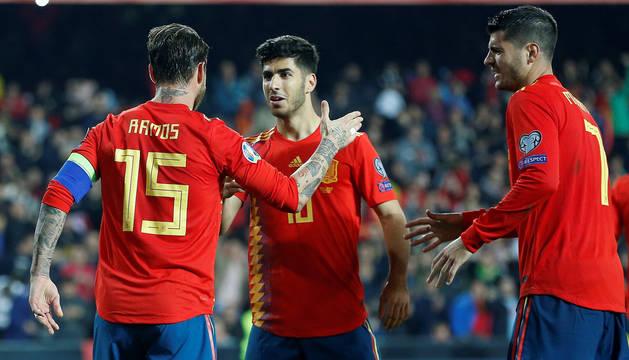 España abre con triunfo ante Noruega la clasificación para la Eurocopa