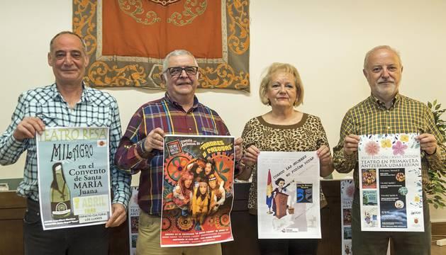 José Ramón Vicuña, Pedro Echávarri, Teresa Zubero y Jaime Malón, durante la presentación del ciclo.