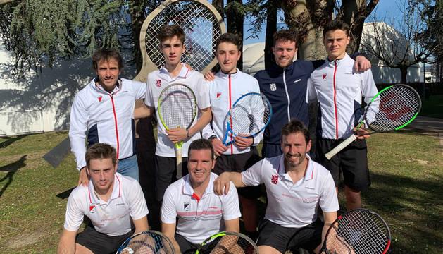 Miembros del equipo del Club Tenis Pamplona.