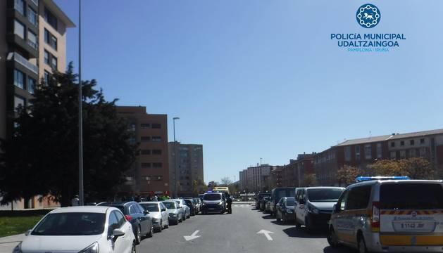 Imagen de la calle Donantes de Sangre, en el barrio de Ezkaba, donde se ha producido uno de los atropellos.