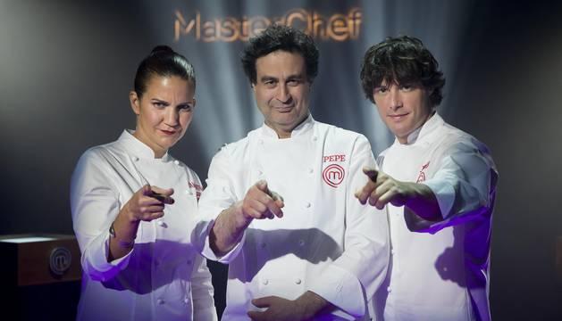 foto de El jurado de Masterchef, compuesto por Samantha Vallejo-Nájera, Pepe Rodríguez Rey y Jordi Cruz.