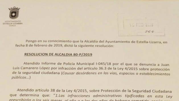 La resolución del alcalde por la que se archiva la denuncia.