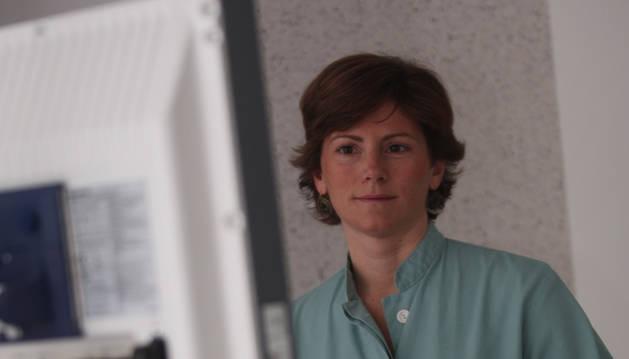 La doctora Maite Herráiz, responsable de la Unidad de Prevención y Consulta de Alto Riesgo de Tumores Digestivos de la Clínica Universidad de Navarra,
