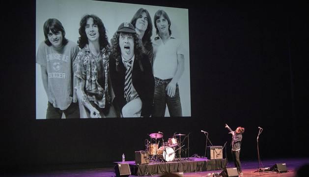 Minimusic organizó en Baluarte el espectáculo Rock en Familia. Descubriendo el Rock Internacional. Un viaje por la historia del rock internacional desde los años 50 hasta la actualidad.