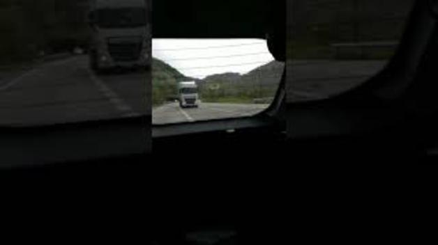 Camionero conduce temerariamente en la N-121-A