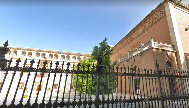 Exterior del Obispado de Alcalá de Henares.