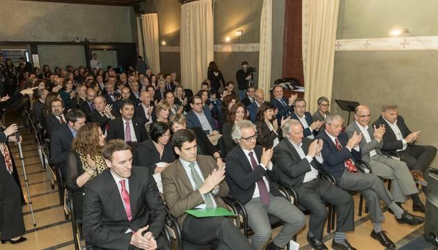 Foto del público llenó el salón de actos del palacio del Marqués de San Adrián para asistir al acto del 30 aniversario de la UNED de Tudela.