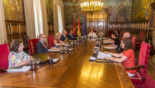 Primera reunión del Gobierno de Barkos.