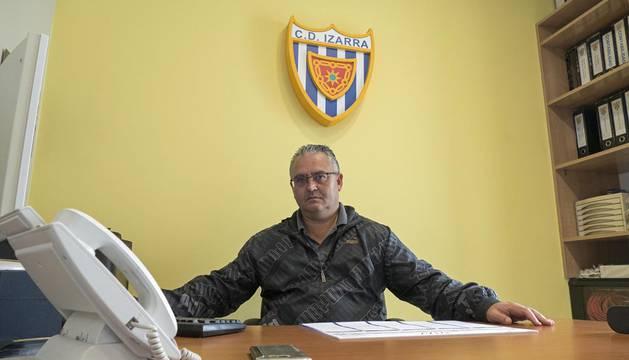 Alfonso Riaño pide disculpas al CD Izarra y reconoce que mintió