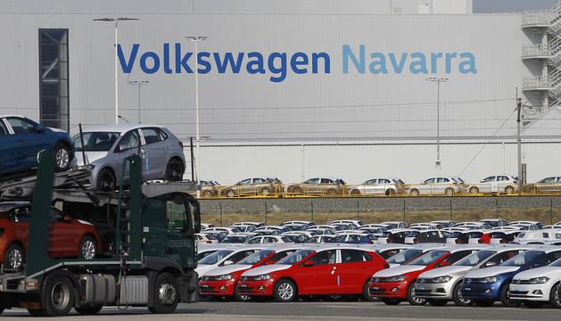Vista exterior de la planta de Volkswagen en Landaben.