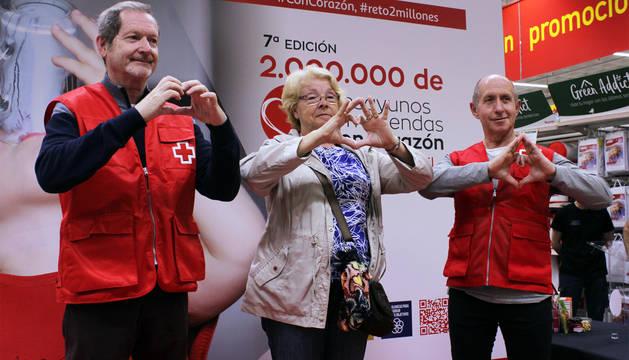 Miembros de Cruz Roja, durante la campaña