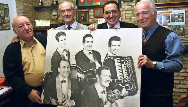 Los Iruña'ko, en una imagen de 2003. De izquierda a derecha: Alberto Huarte, Joaquín Zabalza, Enrique Abad y Kike Los Arcos.