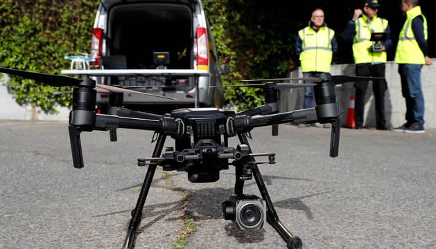 Así funcionan los drones de la DGT, los 'vigilantes' más discretos de la carretera