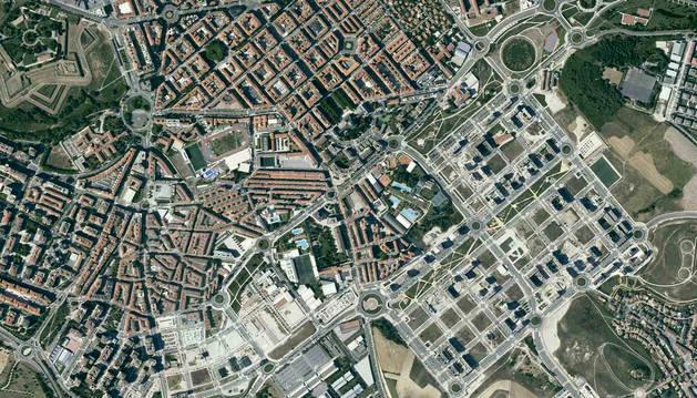 Vista de la ortofoto de Pamplona que visualiza el despliegue de la edificación de Lezkairu referido al año 2018, publicado por el SITNA.