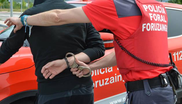 Imagen del momento de una detención