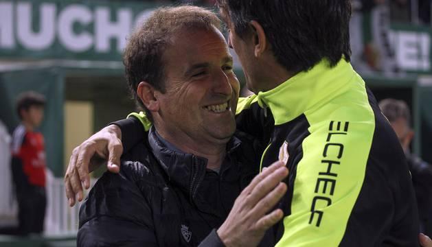 Galería de fotos de la victoria de Osasuna en Elche en la jornada 35 de la Liga 1/2/3.