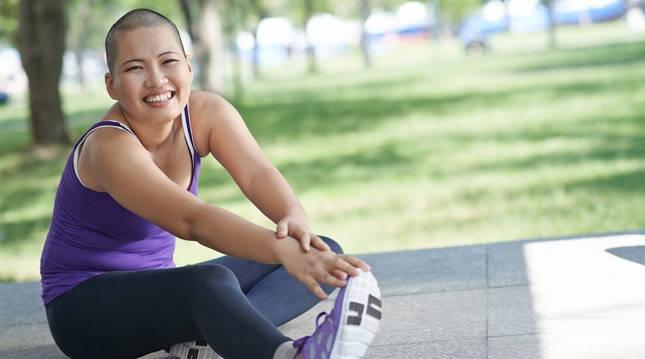 Una mujer, tras realizar ejercicio.
