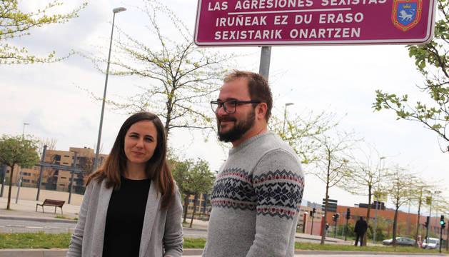 Guillen Carroza e Ione Belarra durante el acto electoral celebrado este martes en Pamplona.