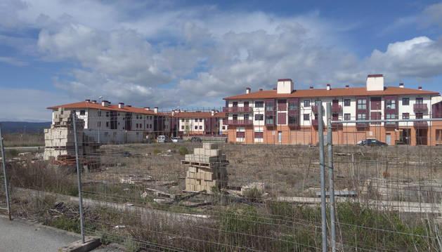 Vista genérica del barrio de Zabazalgain en Puente la Reina.