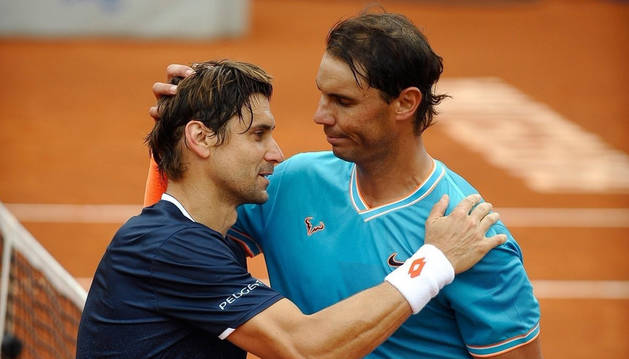 foto de Nadal se impuso a su amigo Ferrer, quien disputó su último partido en el Godó.