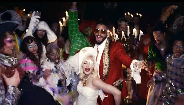 Madonna estrena junto al colombiano Maluma su videoclip 'Medellín'