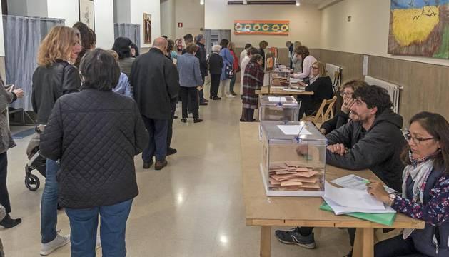 Colas para votar en Estella.