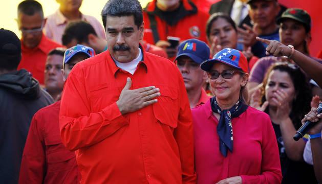 Imagen de Nicolás Maduro durante un discurso ante un grupo de seguidores en las calles de Caracas celebrando el Día del Trabajador.