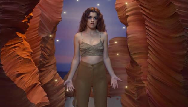Un fotograma del videoclip de Amaia Romero.