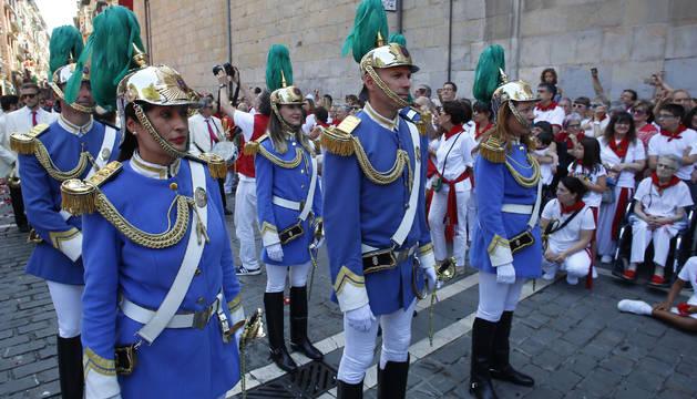 Timbaleros, maceros, clarineteros, txitularis, escolta, gaiteros y voluntarios que participan en uno de los principales actos de la fiestas pamplonesas serán reconocidos el 6 de junio en la Capilla de San Fermín.