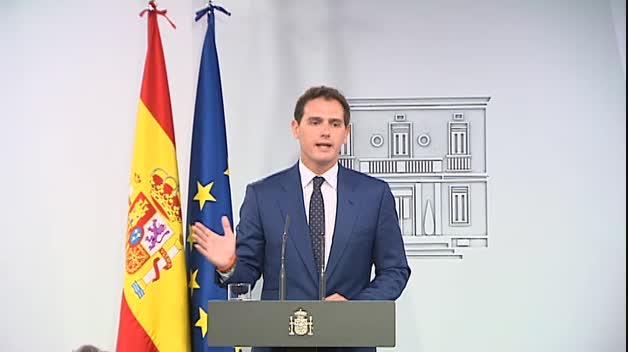 """Rivera dice que hará una oposición """"firme"""" pero """"leal a los españoles y con sentido de Estado"""""""