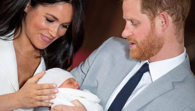 El bebé de Harry y Megan se llama Archie Harrison Mountbatten-Windsor
