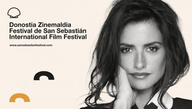 Penélope Cruz, premio Donostia y protagonista del cartel del 67 Festival de San Sebastián.