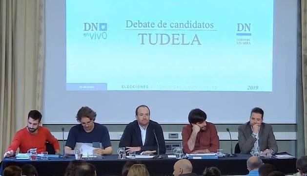 Imagen del inicio del debate entre los candidatos a la alcaldía de Tudela, organizado por Diario de Navarra.