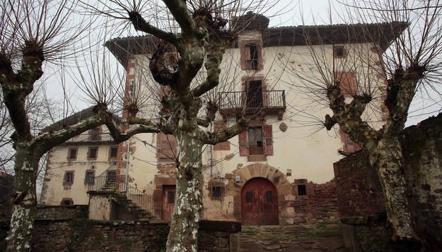 Imagen del Palacio de Aroztegia, donde se proyecta la promoción.