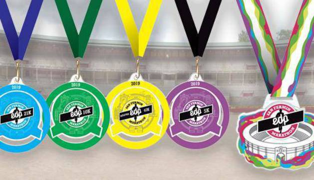 Las medallas de las distintas pruebas de la VI edición de la San Fermín Marathon.