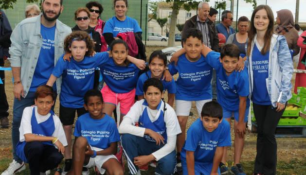 Un grupo de participantes de Figarol, localidad que este año ejerció de anfitriona.