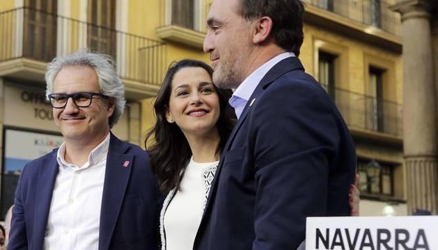 La portavoz nacional de Ciudadanos estuvo en la Plaza Consistorial junto a José Jacier Esparza este martes, 14 de mayo.