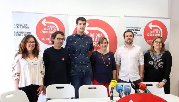 Alberto Garzón (IU) apoya en Pamplona a los candidatos de IE.