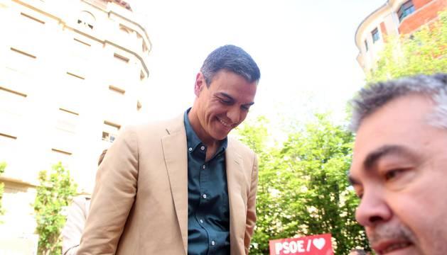 El presidente en funciones y líder del PSOE, Pedro Sánchez, acude a Pamplona con motivo de un acto electoral del PSN-PSOE.