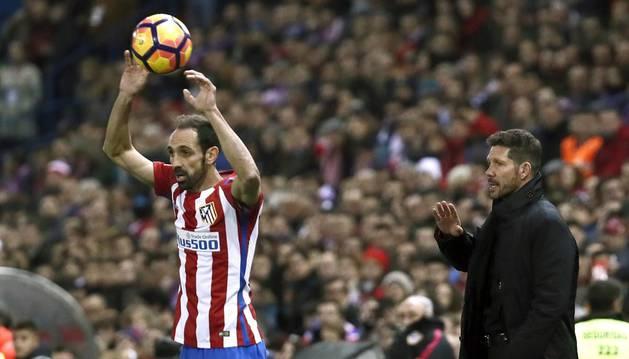 Juanfran rechaza la oferta de renovación del Atlético de Madrid