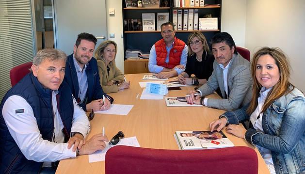 foto de Navarra Suma (NA+) ha presentado a la Asociación de Empresarios de la Ribera su programa electoral
