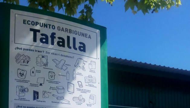 Foto del punto limpio, ecopunto, de Tafalla.