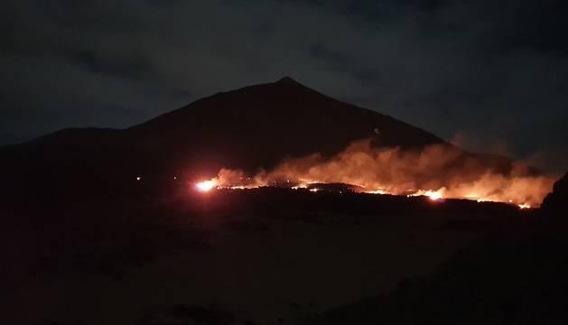 foto Incendio en el Parque Nacional del Teide