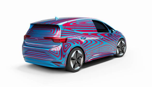 VW desvela el ID.3 bajo camuflaje