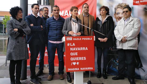 foto de María Chivite, en un acto electoral en el Navarra Arena.