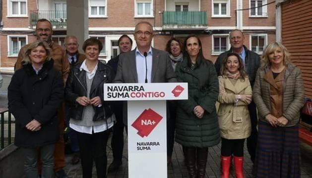 foto de Enrique Maya en un acto electoral de UPN en Pamplona