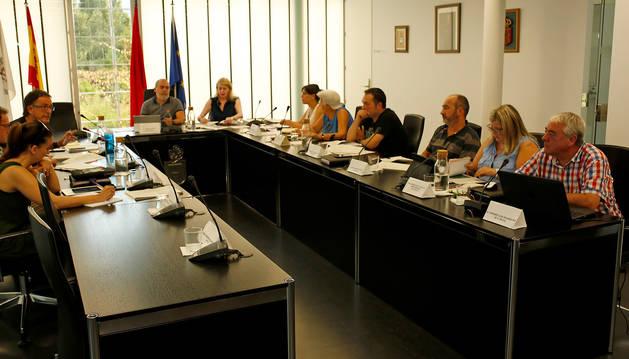 foto de Imagen de una sesión anterior del pleno del Ayuntamiento de Noáin (Valle de Elorz)