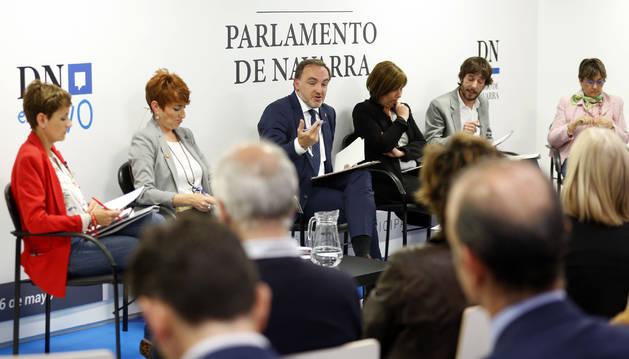 Debate en Diario de Navarra