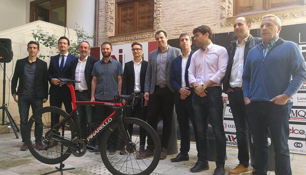 foto de Presentación de la Vuelta Ciclista a Navarra en la Casa de Cultura de Estella