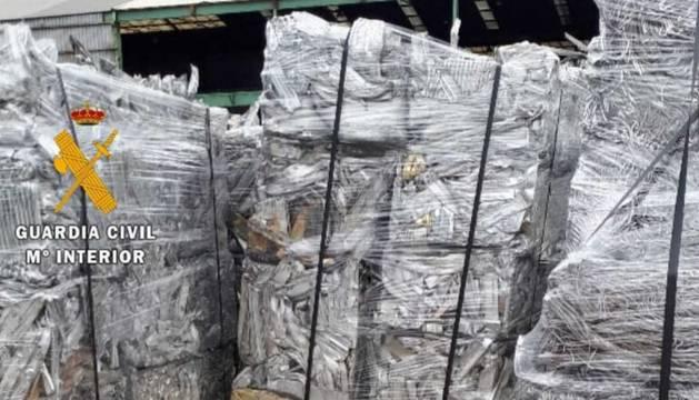 Detenidas tres personas por robar aluminio en empresas de la comarca de Pamplona